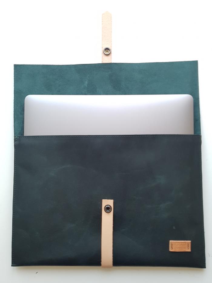 leren laptop sleeve laptophoes groen